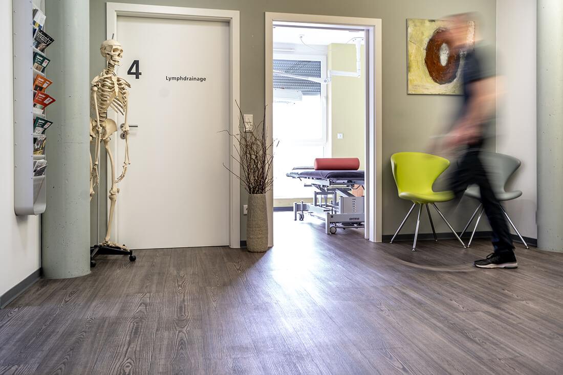 Physiotherapie Schorndorf - Oussama Kabbara - Blick ins Behandlungszimmer unserer Praxis